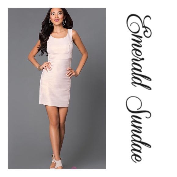 ec153a1bd Emerald Sundae Dresses | Nwt Bodycon Dress | Poshmark
